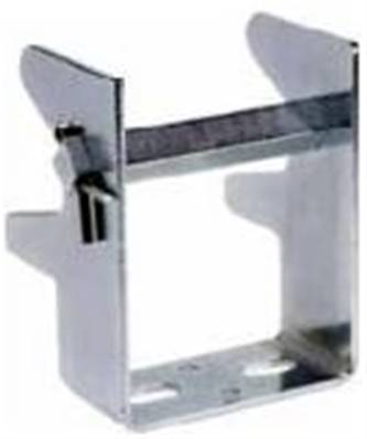 083050-18X3: Collector Bracket 812/831 3-Pole 18mm